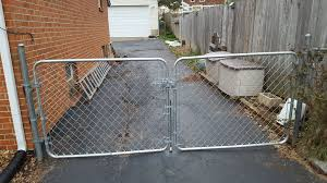 picture of dog proof chain link fence double gate latch