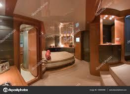 Italien Baia Neapel Luxus Yacht Schlafzimmer Stockfoto