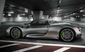 porsche 918 spyder black. watch porsche 918 spyder proves it can do fast at austinu0027s circuit of the americas black