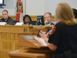 LPD Chief Faces Questions at First Meeting of Citizen Advisory Panel - News  - - ,