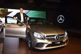 Uses cookies for various purposes. Mercedes Benz Mercedes Benz To Widen Dealer Network In Small Cities Towns Auto News Et Auto