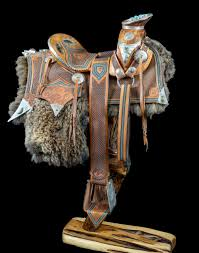 What type of Saddles were used in the fur trade? Images?q=tbn:ANd9GcSi2V-AxZMn_03abctiQmY0yLECOFoSinNkLeXY9ZS5C5I10MyR