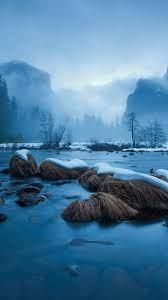 Winter snow, lake, rocks, trees ...