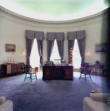 oval office picture. White House Rooms: Oval Office, Cross Hall, East Room, China Vermeil Monroe (Treaty) Red State Dining Library - John F. Office Picture