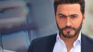 """زهرة الخليج - تامر حسني بالبدلة ويعلق """"عقبالكم جميعاً"""""""