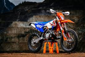 2018 ktm 350 exc. wonderful 350 two very special 2018 ktm six days edition models have been  unveiled by north america following the manufactureru0027s extensive success in  and ktm 350 exc