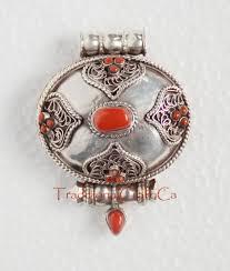 fine quality tibetan buddhist ritual sacred silver ghau ghau gau prayer box pendant from patan nepal