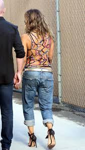 холли берри призналась что ее татуировка на всю спину ненастоящая
