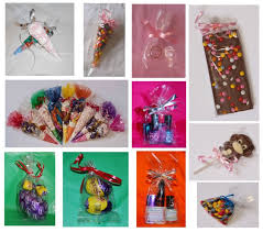 clear cello party cones gusset gift bags bags for sweets lollipops food safe all party cones e with a free pack of twist ties