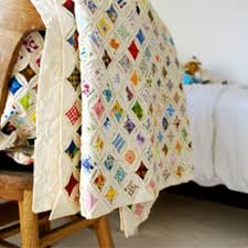 Quilt love. I own 2 vintage cathedral window quilts. Need to make ... & Quilt love. I own 2 vintage cathedral window quilts. Need to make one of Adamdwight.com