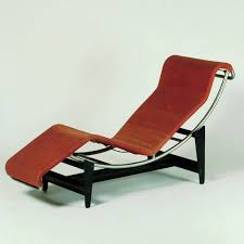 le corbusier pierre jeanneret charlotte perriand charlotte lounge chair 01