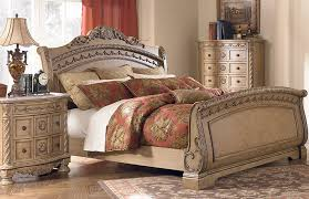Sophisticated Black Bobs Bedroom Set bined With Red Theme Color