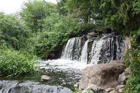 waterfall cascading at lake katherine in palos heights il