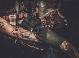 how to get a tattoo you won t regret forever fashionbeans it s imperative you a tattooist that specialises in the type of tattoo you want