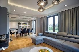 dom w przytulnych szaroŚciach Średni salon z kuchnią z jadalnią styl nowoczesny zdjęcie