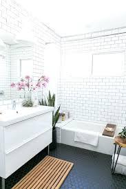 fruitesborras.com] 100+ White Bathrooms With Dark Floors Images ...
