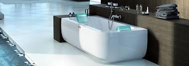 aquasoul double ended whirlpool bathtub freestanding header