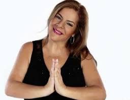 Mabel Rehnfeldt durísima con la Miss Universo