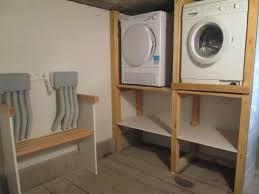 Une buanderie avec une machine à laver et sèche linge en. Machine A Laver En Hauteur Empiler Lave Linge Et Seche Linge Meuble Lave Linge Seche Linge Meuble Machine A Laver Machine A Laver Lave Linge