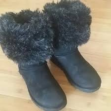 UGG FOX FUR SHORT BOOT 5825 BLACK SIZE 8