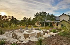 Farmhouse Firepit. Farmhouse backyard with stone firepit. Stone firepit  ideas. Farmhouse firepit with