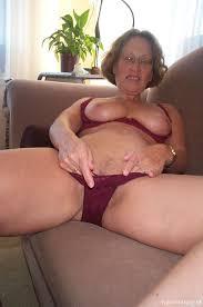 Mature older nude tube
