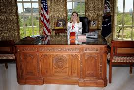 oval office table. Oval Office Desk Table