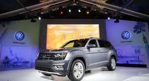 volkswagen unveils new 2018 atlas. plain atlas the 2018 volkswagen atlas is displayed at an unveiling event thursday oct  27 and volkswagen unveils new atlas