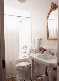 cottage style bathroom featuring pedestal sink with legs vintage bathroom pedestal sink