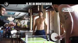 CORTI E ONNIS: Fognini: il campione di tennis di Montecarlo (in mutande)