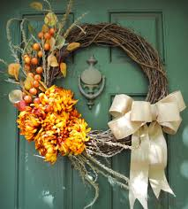 diy fall wreath from upright and caffeinated