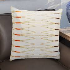 20 stylish throw pillow ideas for brown