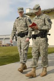 Military Police National Guard National Guard Military Police Aid Learn From Counterparts In