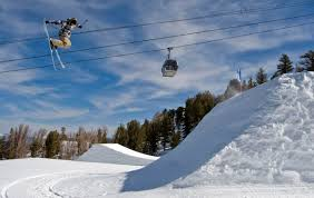 Mammoth Mountain Night Of Lights 2015 Heading Up To Mammoth For The Winter An Insiders Guide To