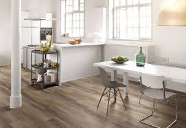 the benefits of vinyl flooring