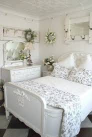 French Style Bedroom Decorating Ideas