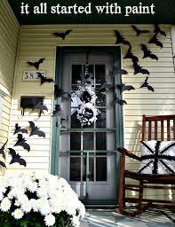 front door decorationHalloween Front Door Idea