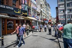 """السوريون في تركيا.. حملات تحريض """"مبكرة"""" والاستثمار """"لم يعد انتخابيا"""""""