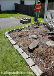 putting the concrete brick for diy retaining wall
