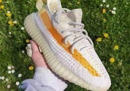 "adidas Yeezy Boost 350 v2 ""Light ..."
