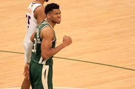 Suns vs. Bucks final score: Antetokounmpo shines as Milwaukee takes Game 3  120-100 over Phoenix - DraftKings Nation