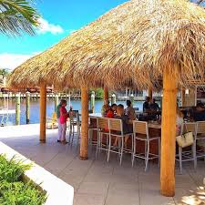 here are our favorite restaurants on the water intracoastal