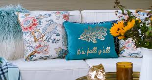 today i m sharing how to make this super easy diy throw pillow covers using inexpensive napkins i got my napkins on 2 69 each so that s technically