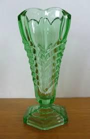 zz davidson chevron art deco vintage green pressed glass vase pattern 295 c 1938 1960s sold