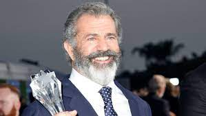 Mel Gibson Signs With APA – Deadline