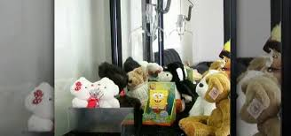 Stuffed Animal Vending Machine Stunning How To Beat A Skill Crane Claw Machine At An Arcade Cons
