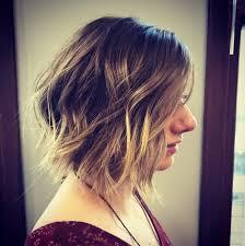 short hair trends women haircuts