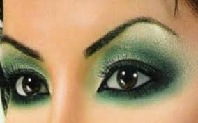 if you have dark brown or brown eyes it might be difficult to make your eyes pop with arabic make up unlike other eye colour