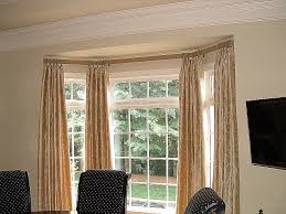 can you hang eyelet curtains in a bay window gopelling net