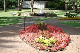 gvine botanical gardens